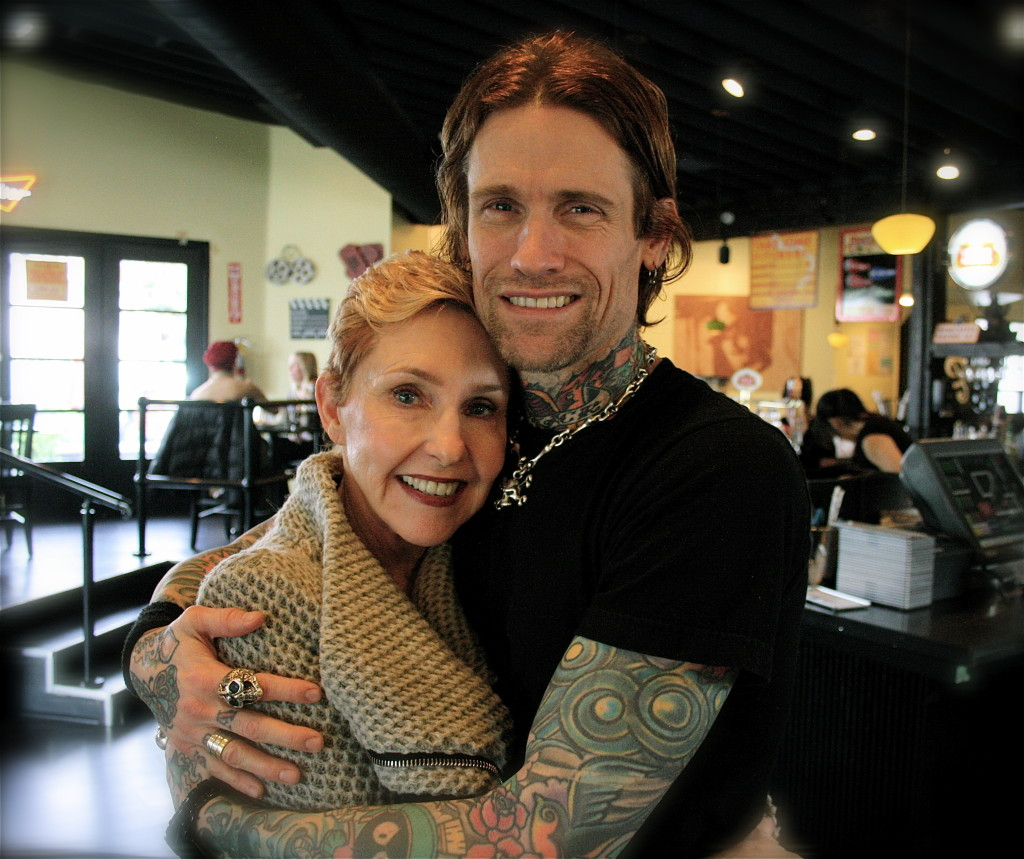 JOSH TODD - BUCKCHERRY & MOM