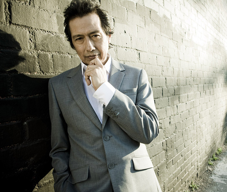 "Alejandro Escovedo leaves the ""big station"" as the Tour Continues"